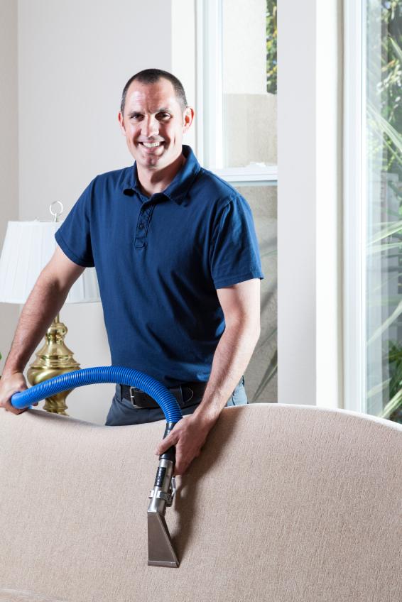 Le nettoyage-de-meubles